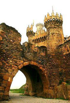 Castillo Ponferrada. LEON
