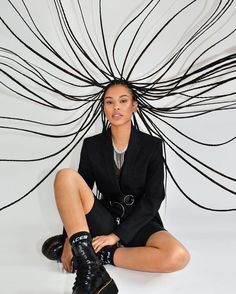Glam Photoshoot, Photoshoot Concept, Photoshoot Themes, Model Photoshoot Ideas, Studio Photography Poses, Editorial Photography, Fashion Photography, Afro Punk, Style Urban