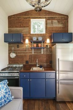 Indigo Tiny House by Driftwood Homes 007