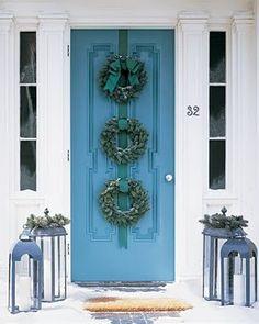 Triple wreath for the front door