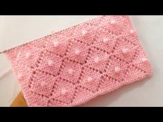 Knitting Stiches, Crochet Stitches Patterns, Easy Knitting, Knitting Patterns Free, Knitting Socks, Stitch Patterns, Crochet Baby Sweaters, Baby Blanket Crochet, Knitting Designs