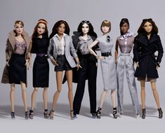 The High-end Fashion Doll line that every collector is talking about! The Fashion Royalty line was conceived & created by designer Jason Wu in 2000 when he was living in Europe and from where he drew much of his inspiration for the line. The dolls celebrate the glamour and excitement of the fashion industry, bringing in a uniquely diverse collection to the fashion doll arena.
