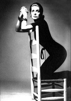 "natalieroses: """" Catherine Deneuve in Vogue December 1969 by Jean Loup Sieff "" "" Catherine Deneuve, Jeanne Moreau, Anna Karina, Magnum Photos, Photo A Day, First Photo, Jean Loup Sieff, Portrait Photography, Fashion Photography"