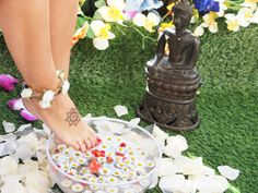 Adventure is Out There - SS14 Lookbook - Skin Feelings - You are a yoga babe - mandala tattoo