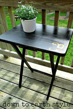 Down to Earth Style: Paint & Monogram a TV Tray. cute simple monogram on the corner. Tv Tray Makeover, Furniture Makeover, Furniture Projects, Diy Furniture, Diy Projects, Weekend Projects, Project Ideas, Sewing Projects, Painted Tv Trays