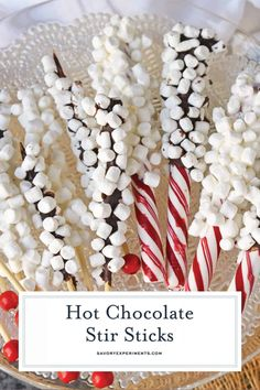 Hot Chocolate Stir Sticks (Peppermint, Chocolate & Marshmallows) - Hot Chocolate Stir Sticks will take your homemade hot chocolate to the next level. Like chocolate spoons, they add marshmallows and more to your drink! Hot Chocolate Gifts, Christmas Hot Chocolate, Chocolate Sticks, Chocolate Diy, Chocolate Spoons, Homemade Hot Chocolate, Hot Chocolate Bars, Peppermint Chocolate, Chocolate Marshmallows