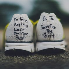 Steve prefontaine - love this quote Running Track, Keep Running, Running Workouts, Running Tips, Running Schedule, Running Photos, Track Workout, Cross Country Quotes, Cross Country Running