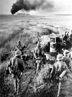 The largest invasion in human history begins. 4 million men supported by 600,000 vehicles & 750,000 horses attacked 3,000 kilometer-long front against Russia.