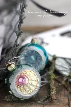 christmas ornaments...Grandma L had some like this