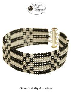 Flat herringbone bracelet from The Potomac Beads ~ Seed Bead Tutorials
