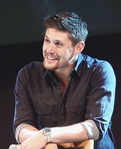 Jensen Ackles being adorable.  This pin is so damn sexy, it led to me to create my supernatural board. -M.