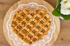 Am 14. Februar ist Valentinstag, der Tag der Liebenden. Sweet Cakes, Waffles, Breakfast, Food, Apple Tea Cake, Valentines Day, Food Food, Morning Coffee, Essen