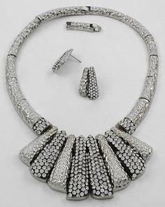 Vintage Runway Silver & Clear Rhinestone Collar Bib Choker Jeweled Necklace Set