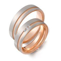 Pareja de alianzas oro blanco y rosa con diamantes.