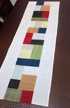 Hand Quilting Patterns, Patchwork Quilt Patterns, Crazy Patchwork, Korean Crafts, Asian Crafts, Painted Floor Cloths, Christmas Quilting Projects, Skinny Quilts, Country Quilts
