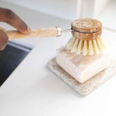 Reduce Waste, Zero Waste, Wooden Brush, Accessories Display, Bathroom Accessories, Kitchen Essentials, Wooden Handles, Dishes, Food