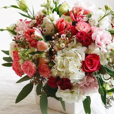 More Monday prettiness! Whites, reds, and pinks...it's beginning to look like Valentine's Day over here! | LILLA BELLO