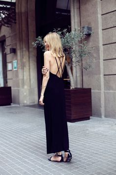 what-id-wear:  What I'd Wear: The Outfit Database (original: Tuula)