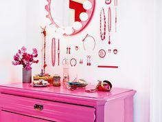 dressing room mirror, pink!