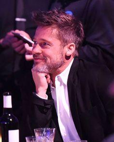 Brad Pitt - Charity event 2018 Brad And Jen, Brad And Angelina, Richard Gere, Brad Pitt Haircut, Kris Kristofferson, Jolie Pitt, Hollywood Actor, Man Crush, Movie Stars