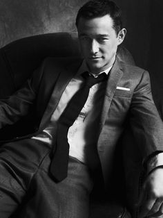 Dark grey suit. Joseph Gordon-Levitt.