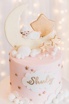 Twinkle Twinkle Little Star Cake from a Twinkle Twinkle Little Star 100 Days Party on Kara's Party Ideas | KarasPartyIdeas.com (13)