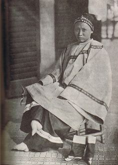 Exposing bare, bound feet was unheard of in Chinese society