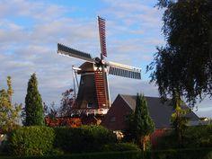 De Molen van Kortwoude Surhuizum. Friesland. Holland. Eigen bayke foto.