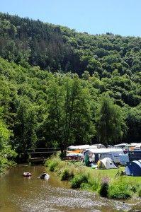 vrij grote camping aan rivier in luxemburg