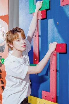 """""""OYF Hot Spring World Weibo update with & ♥️"""" Taeyong, Nct Dream Chenle, Baby Dolphins, Nct Chenle, Jisung Nct, Wedding Humor, Winwin, Photos Du, Hot Springs"""
