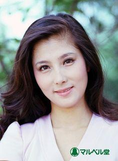 大原麗子 Japanese Film, Japanese Beauty, Asian Beauty, Beautiful Japanese Girl, Beautiful Person, Girl Photos, Cute Girls, Actors & Actresses, Asian Girl