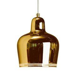 The Artek Golden Bell Suspension Lamp was designed in 1937 by Alvar Aalto for the label Artek. The suspension lamp Golden Bell by Artek is a classic amon Alvar Aalto, Design Shop, Home Design, Design Ideas, Nordic Design, Scandinavian Design, Design Inspiration, Modern Pendant Light, Pendant Lighting