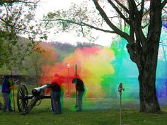 Trichromy or Trichromie -  Harris shutter (cannon fire 3/3) by Thiophene_Guy, via Flickr