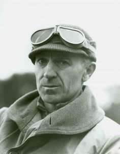 Ernie Pyle, American war correspondent in Italy at the Anzio beachhead on March 18, 1944.