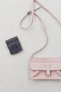 Keecie - Pocket friend wallet and Goose Bumps leather bag in Soft Pink
