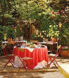 Under The Lilac Tree Outdoor Retreat Rooms Living Tables