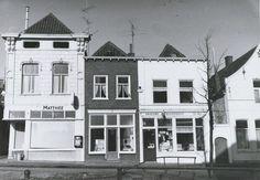 Noordhaven 54 Kleding Matthee. Noordhaven 52 Geleijns Speelgoed. Noordhaven 50 Geleijns Verfwinkel.