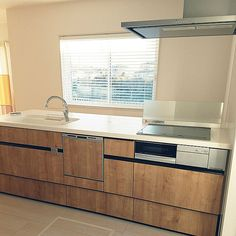 3LDKで、家族の、キッチン/新築/web内覧会/タマホーム/LIXILキッチン/LIXILについてのインテリア実例。 (2018-01-27 16:30:25に共有されました) Furano, Kitchen Cabinets, House, Home Decor, Kitchen Cupboards, Homemade Home Decor, Home, Haus, Decoration Home