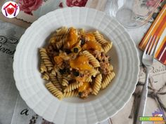 Pasta con tonno, datterini gialli e capperi  #ricette #food #recipes