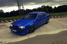 Volvo 850 nice ! blue