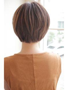 ガーデン オモテサンドウ(GARDEN omotesando) 【GARDEN】宮崎えりな メルトカラー【小顔ひし形】ショートボブ Short Hair Cuts For Women, Short Hair Styles, Japanese Short Hair, Salons, Hairstyle, Cute, Short Haircuts, Hair, Bob Styles