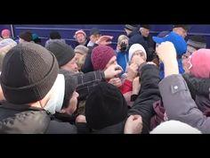 Поезд помощи ЛДПР в Кирове: горожане устроили битву за подарки ▼жмиПодел...