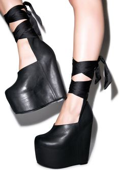 just saw Gr3veyardgirls video of these... im so in love ....When a good girl gone bad... Chic.St Approved <3
