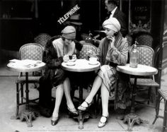 1920s french cafe