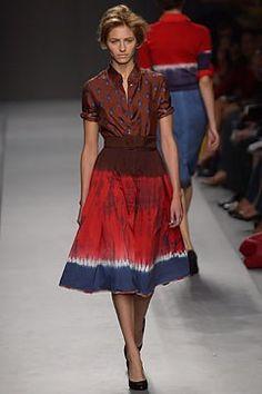 Prada Spring 2004 Ready-to-Wear Fashion Show - Sara Ziff, Miuccia Prada