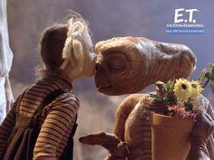 """The beloved Steven Spielberg classic """"E.: The Extra-Terrestrial"""" is returning to theaters for its anniversary this Sunday and thanks to TCM and Fathom Events. Photo of Drew Barrymore and the adorable alien courtesy of AP. Drew Barrymore, Barrymore Family, Steven Spielberg, 80s Movies, Great Movies, Movie Tv, Amazing Movies, Christian Slater, Movie Posters"""