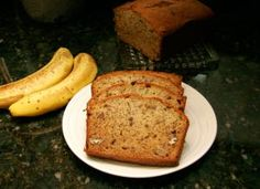 Fig bread, a popular quick bread made with figs and pecans. This fig bread makes 2 standard loaves of quick bread with fresh figs and pecans. Fig Bread, Banana Walnut Bread, Make Banana Bread, Banana Nut, Nut Bread Recipe, Quick Bread Recipes, Banana Bread Recipes, Yummy Recipes, Ideas