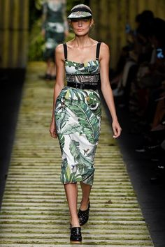 Sfilate Max Mara - Collezioni Primavera Estate 2017 - Collezione - Vanity Fair