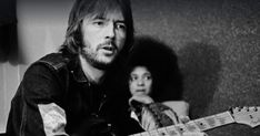 """Eric Clapton Details 'Life in 12 Bars' Soundtrack's Unreleased Songs      Full length version of """"I Shot the Sheriff,"""" mammoth live rendition of """"Spoonful"""" highlight documentary's 32-track companion album https://www.rollingstone.com/music/news/eric-clapton-details-life-in-12-bars-soundtrack-w519132"""