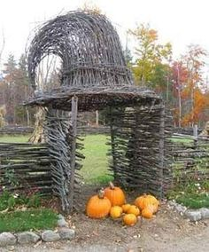 Halloween is on its way and if you have no idea how to start this year's Halloween decor then you can consider your entrance. The entrance to the house should have Halloween spirit! Entrance is the first thing you and your guests see when going into the house, so building a spooky entrance will let [...]